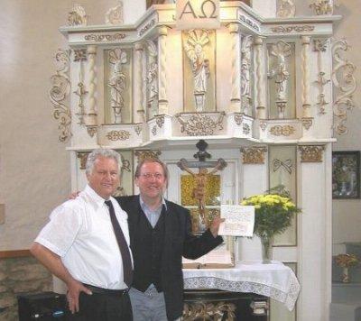 Pfarrer Stehle und Herr Erhardt - beim Besuch in Martinroda - 2003